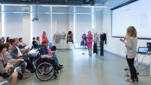 Дизайнеры БВШД показали одежду для людей с инвалидностью